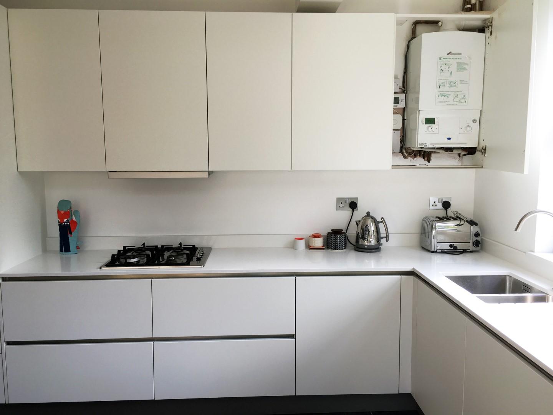 Matt White Handleless Kitchen Ware Hertfordshire