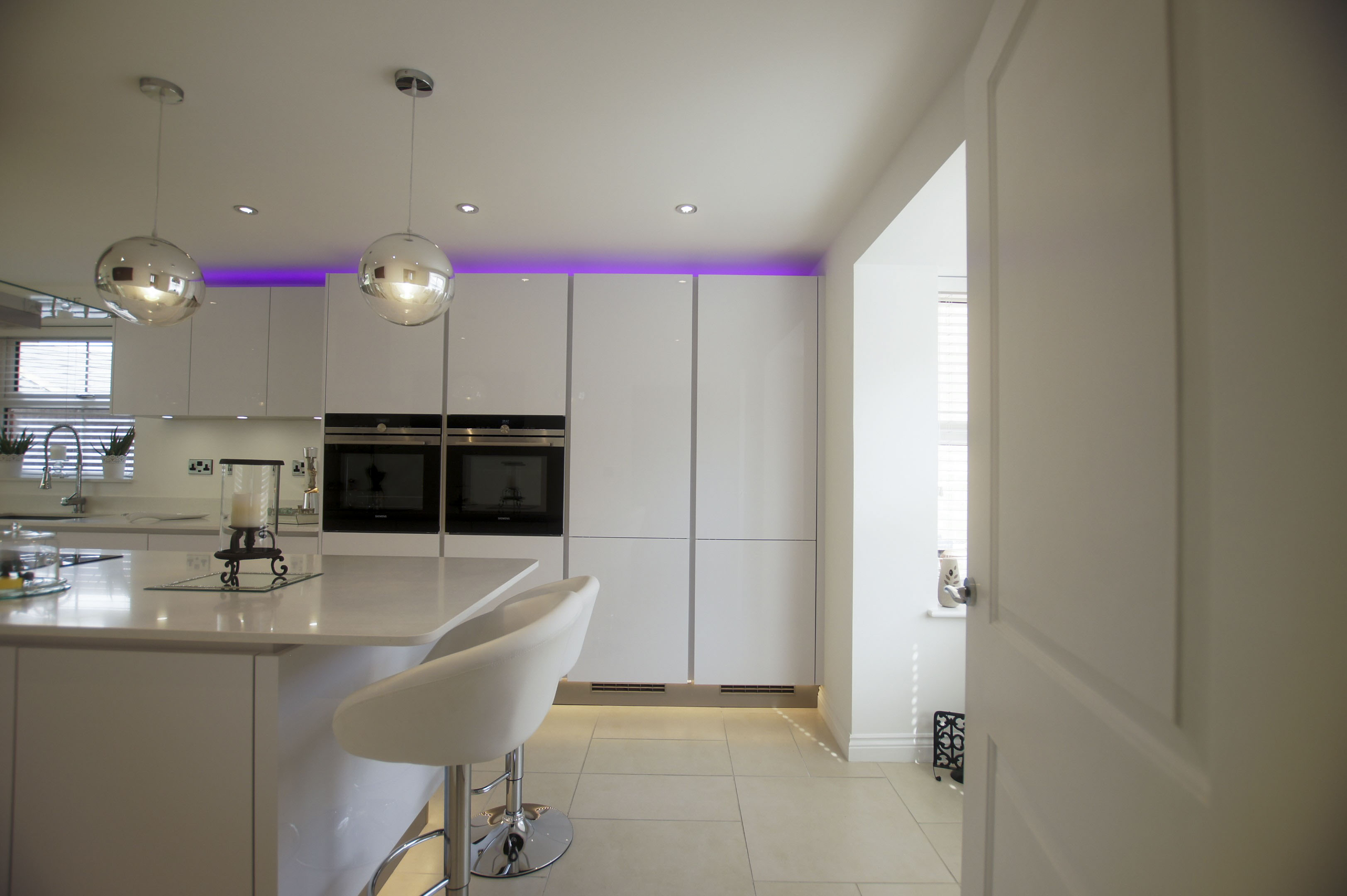 White High Gloss German Kitchen - Buntingford | Blax ...