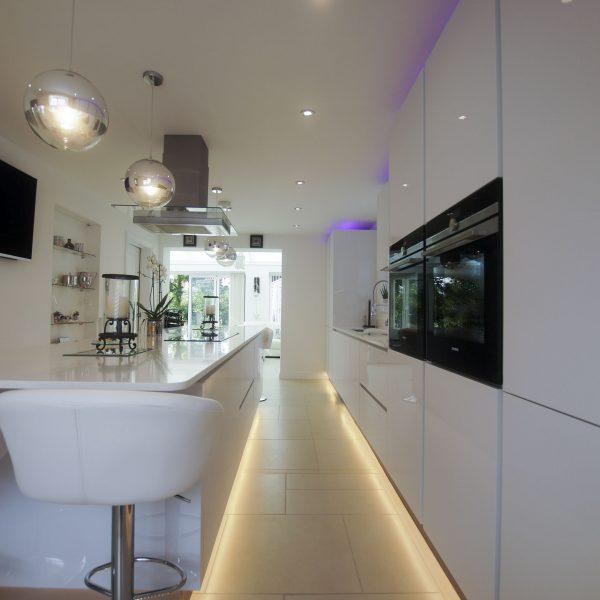 White High Gloss German Kitchen - Buntingford