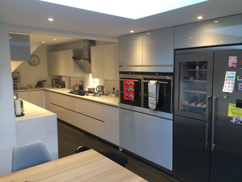 High Gloss Handleless Kitchen In Ware Blax Kitchens Ltd