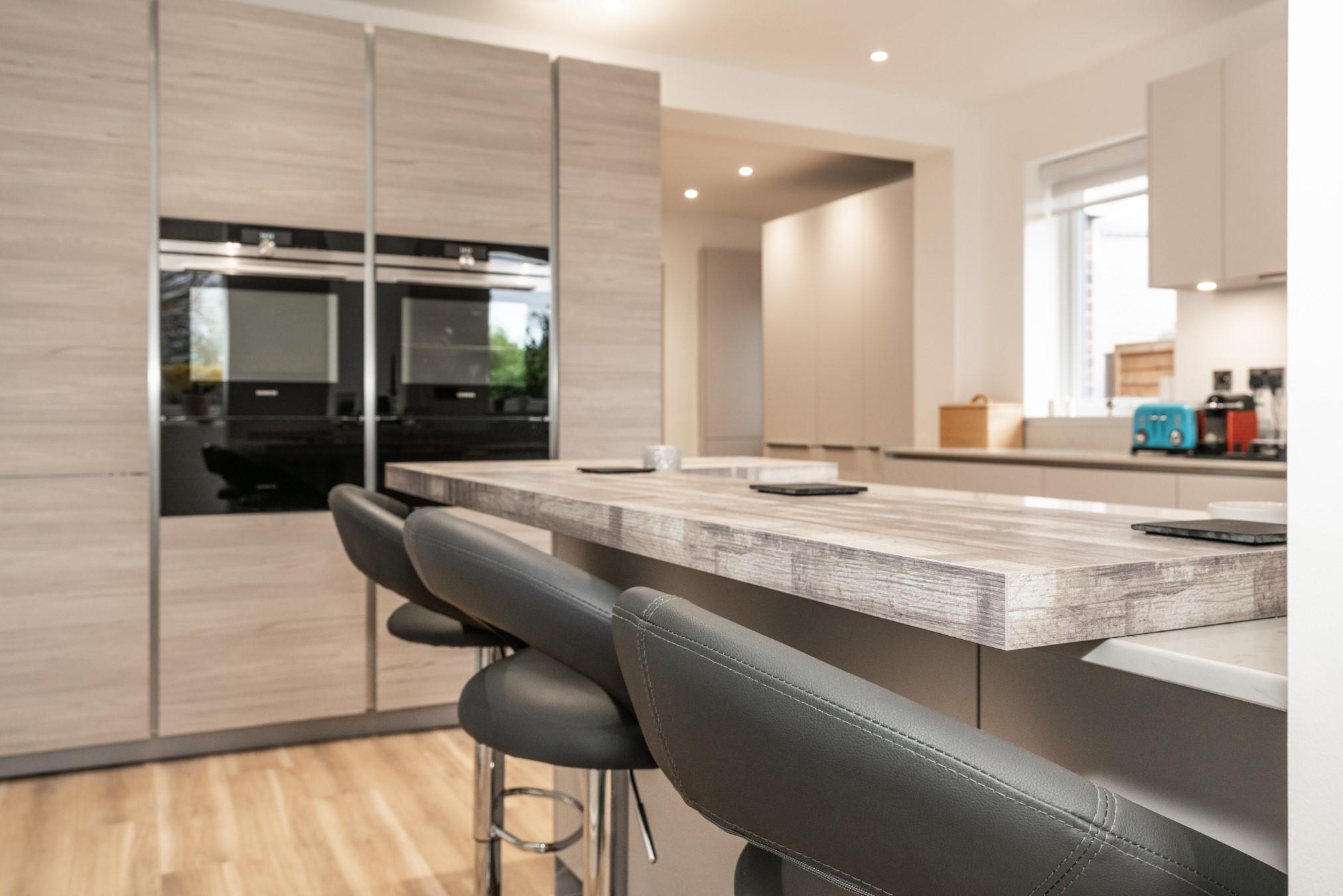grey pine taupe satin handleless edgware london blax. Black Bedroom Furniture Sets. Home Design Ideas