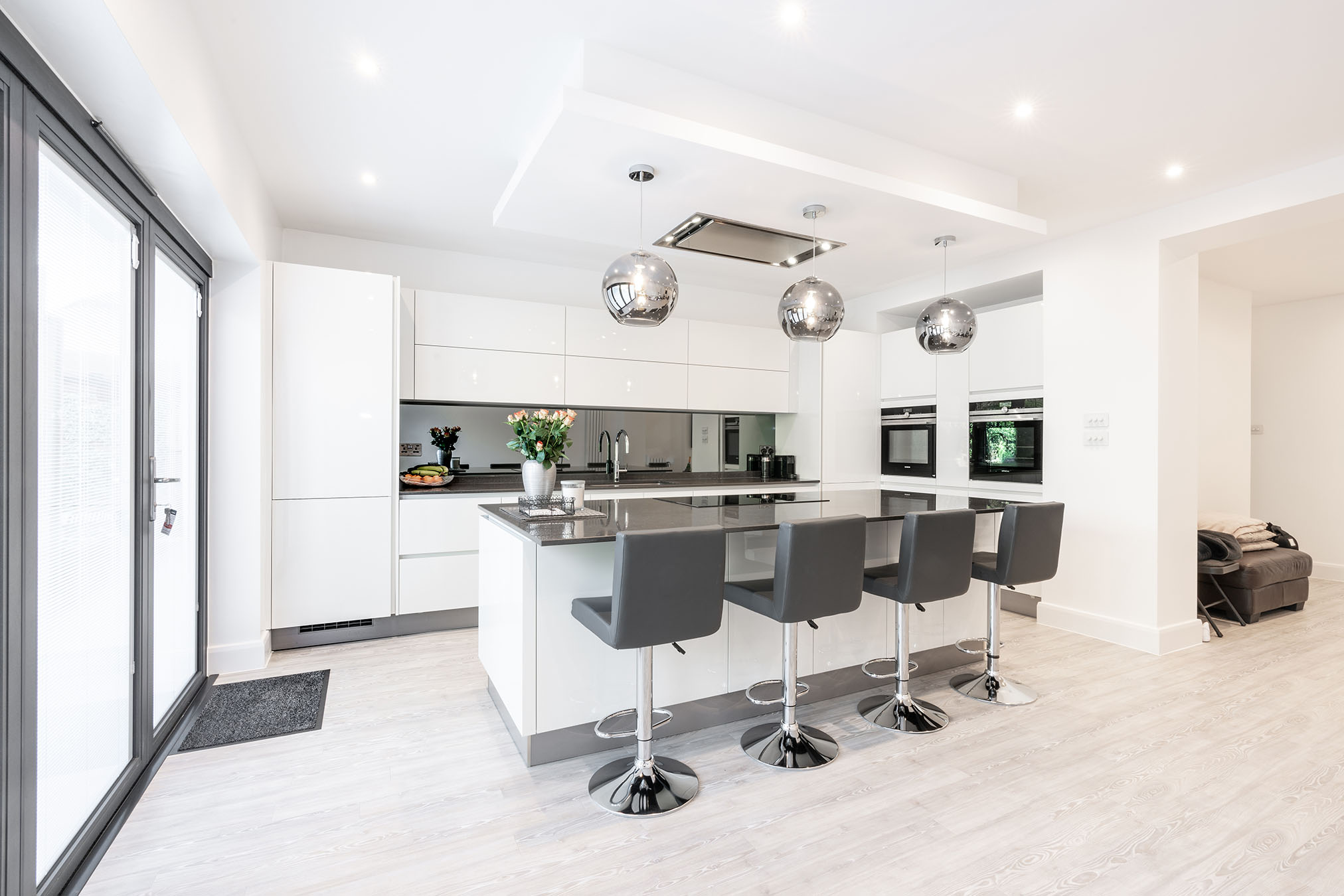 High Gloss White – Southgate, London